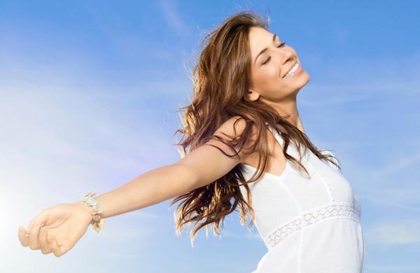 Как ухаживать за волосами в летний период года