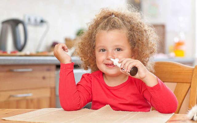 Быстро вылечить насморк у ребенка