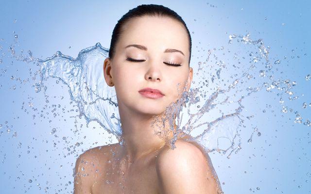 Как использовать термальную воду и спрей для лица