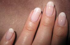 Почему ногти волнистые — причины