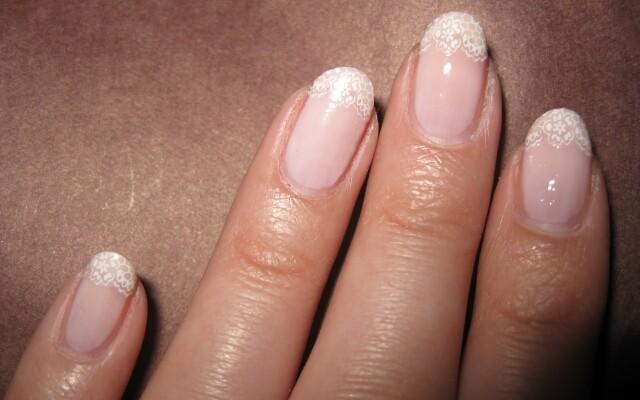 Почему у вас волнистые ногти