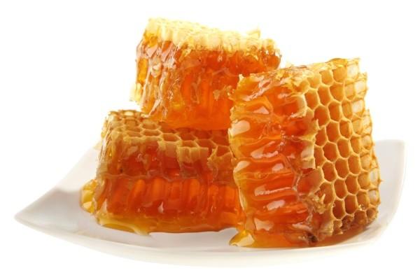 Хранить мед в сотах