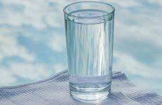 Необычная притча о проблемах «Опусти стакан»